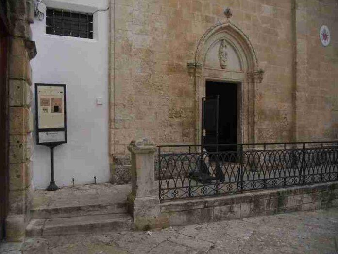 scalinata ingresso cattedrale