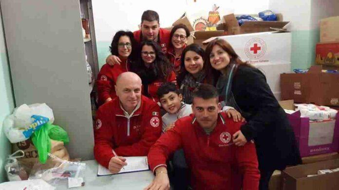 Croce Rossa Raccolta Alimenti2