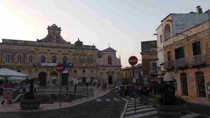 Ostuni Piazza della Libertà
