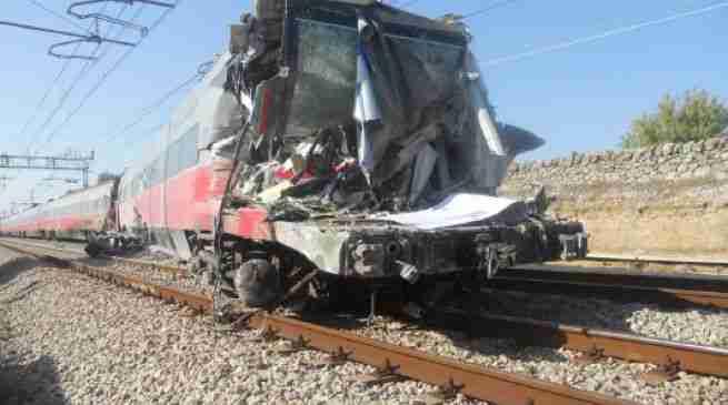 1527241092410.jpg lo scontro treno tir a cisternino avvenne alle ore 13 30 del 24 settembre 2012