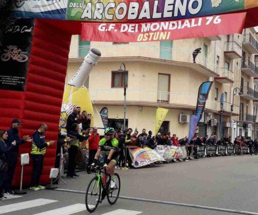 Granfondo, vince Michele Laddomada della Bike Mania Grottaglie