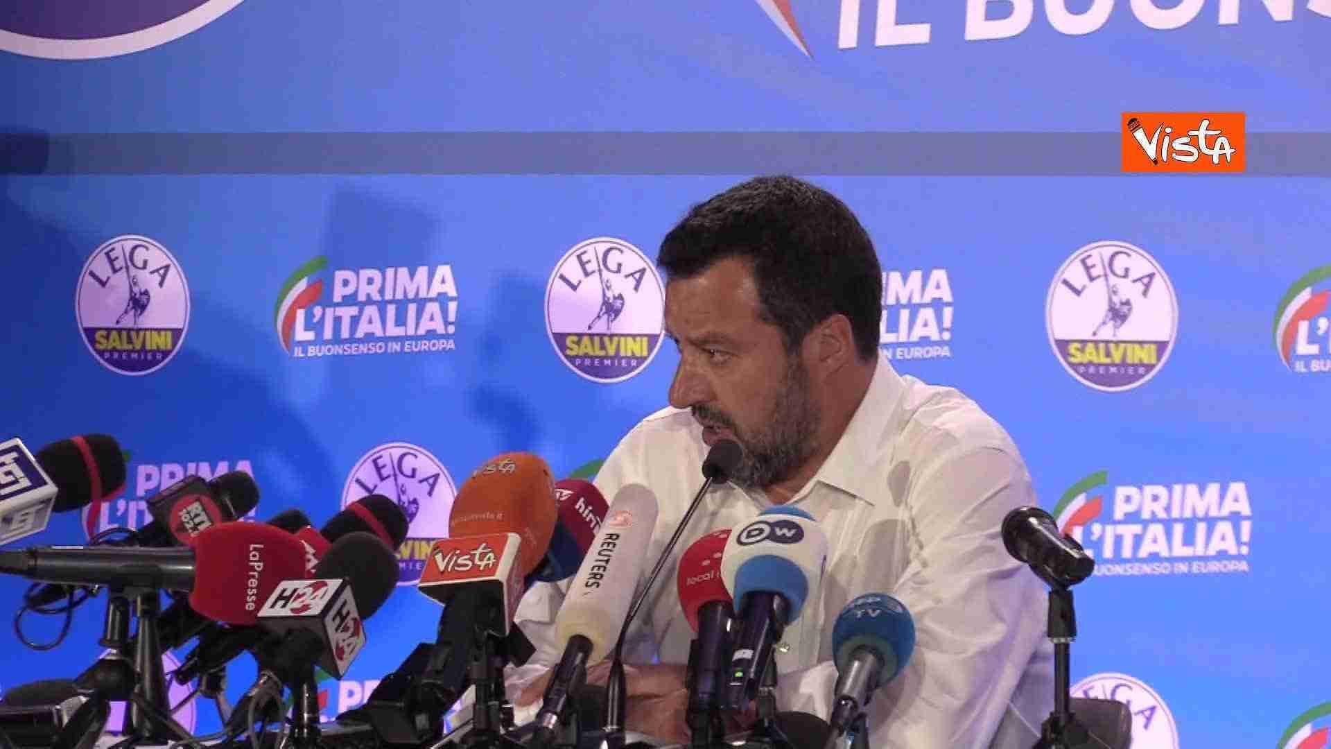 conferenza stampa salvini