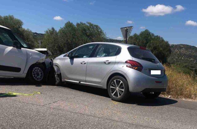 Incidente stradale, tre feriti sulla Ostuni - Villanova